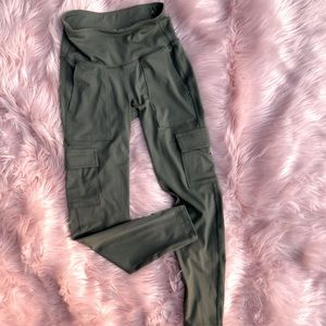 🔥SALE🔥 Old Navy Cargo Leggings Womens Small